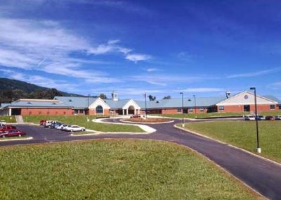 Whitwell Elementary Exterior (3)